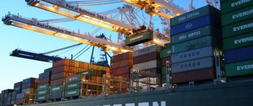 乌兹别克斯坦对哪些商品实施进出口配额及许可证管制?